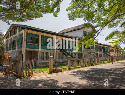 Old french colonial building formerly customs house in the UNESCO world heritage area, Sud-Comoé, Grand-Bassam, Ivory Coast - Stock Photo