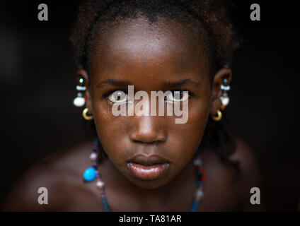 Portrait of a Peul tribe girl, Savanes district, Boundiali, Ivory Coast - Stock Photo