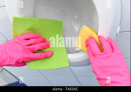 Cleaning, bathroom, Urinal, Reinigung, Badezimmer - Stock Photo