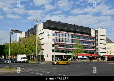 German pension scheme, Fehrbelliner place, village Wilmers, Berlin, Germany, Deutsche Rentenversicherung, Fehrbelliner Platz, Wilmersdorf, Deutschland - Stock Photo