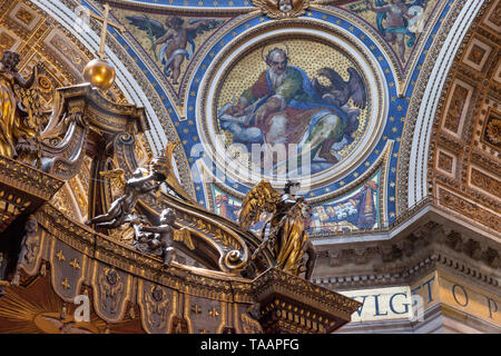 Ceiling details inside St. Peter's Basilica, Vatican City, Rome, Lazio, Italy - Stock Photo