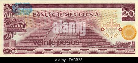 Banknote aus Mexiko, 20 Peso, die  Quetzalcóatl Pyramide  in Teotihuacán, 1977, Banknote from Mexico, 20 peso, Quetzalcóatl Pyramid in Teotihuacan, 1977 - Stock Photo
