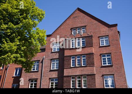 red-brick building on the street Riehler Guertel in the district Riehl, Cologne, Germany.  Backsteinhaus am Riehler Guertel im Stadtteil Riehl, Koeln,