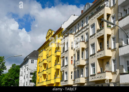 Old buildings, Monumentenstrasse, beauty's mountain, Berlin, Germany, Altbauten, Monumentenstraße, Schöneberg, Deutschland - Stock Photo