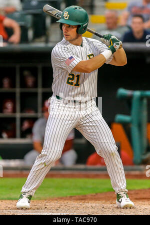 Oklahoma City, OK, USA. 22nd May, 2019. Baylor outfielder Richard Cunningham (21) at bat during a 2019 Phillips 66 Big 12 Baseball Championship first round game between the Oklahoma Sooners and the Baylor Bears at Chickasaw Bricktown Ballpark in Oklahoma City, OK. Gray Siegel/CSM/Alamy Live News - Stock Photo