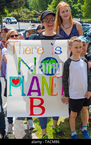 Bournemouth, Dorset, UK. 24th May 2019. Youth Strike 4 Climate gather in Bournemouth Square with their messages about climate change, before marching to the Town Hall.  There is no planet B sign. Credit: Carolyn Jenkins/Alamy Live News - Stock Photo