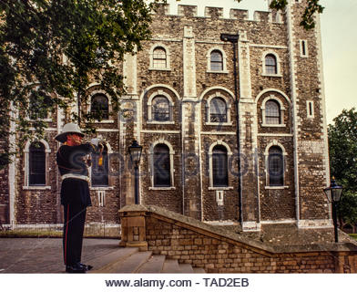 Tower of London, London England 1985 Photographs taken with permission for Illustrated London News magazine in 1985 where I had access behind the scenes before and after The Tower opened and closed to the public. The Tower of London, officially Her Majesty's Royal Palace and Fortress of the Tower of London, is a historic castle located on the north bank of the River Thames in central London. It lies within the London Borough of Tower Hamlets, separated from the eastern edge of the square mile of the City of London by the open space known as Tower Hill. It was founded towards the end of 1066 as - Stock Photo