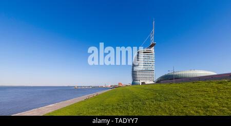Germany, Bremen, Bremerhaven, Weser, Havenwelten, Atlantic Hotel Sail City, Klimahaus - Stock Photo