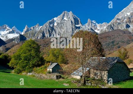 Circus of Lescun in autumn, Aspe Valley, Pyrenees, France - Stock Photo