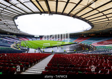 Hampden Park, Glasgow, Scotland, UK. 25th May 2019. Scottish Football Cup Final, Heart of Midlothian versus Celtic; A very wet Hampden Park before kick off Credit: Action Plus Sports Images/Alamy Live News - Stock Photo
