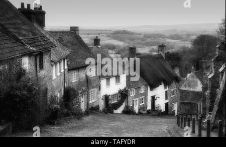 Gold Hill, Shaftesbury, Dorset. - Stock Photo