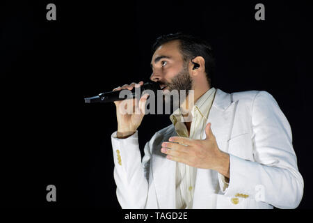 Verona, Italy. 24nd May, 2019. Italian famous singer-songwriter Marco Mengoni performs live with his Atlantico Tour 2019 in Arena of Verona, Italy. - Stock Photo