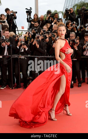 May 17, 2019, Cannes, France: Model BELLA HADID wearing a flowing red dress attends the screening of ''Pain And Glory (Dolor Y Gloria Douleur Et Glorie)'' during the 72nd annual Cannes Film Festival in Cannes, France. (Credit Image: © Frederick InjimbertZUMA Wire) - Stock Photo