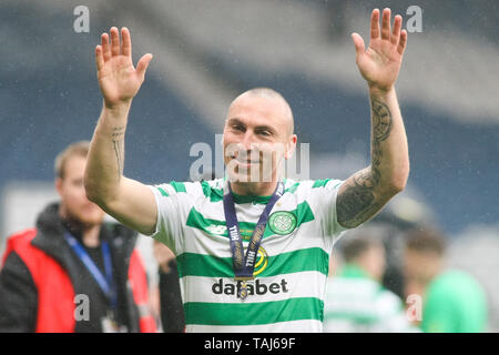Glasgow, Scotland, May 25th 2019. Scott Brown of Celtic after the William Hill Scottish Cup final between Celtic and Hearts at Hampden Park on May 25th 2019 in Glasgow, Scotland. Editorial use only, licence required for commercial use. No use in Betting, games or a single club/league/player publication. Credit: Scottish Borders Media/Alamy Live News - Stock Photo