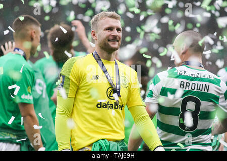 Glasgow, Scotland, May 25th 2019. Scott Bain of Celtic after the William Hill Scottish Cup final between Celtic and Hearts at Hampden Park on May 25th 2019 in Glasgow, Scotland. Editorial use only, licence required for commercial use. No use in Betting, games or a single club/league/player publication. Credit: Scottish Borders Media/Alamy Live News - Stock Photo