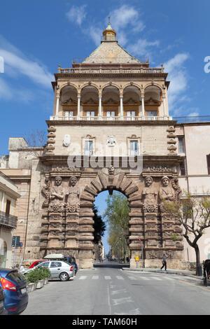 Porta Nuova, Palermo, Sicily, Italy. - Stock Photo