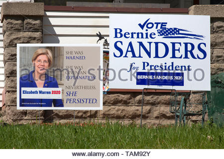 Yard signs for progressive democratic presidential candidates Elizabeth Warren Bernie Sanders in Minneapolis, Minnesota - Stock Photo