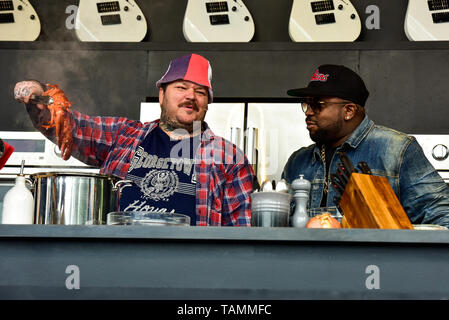 Napa, USA. 26th May, 2019. Napa, California, May 26, 2019, Chef Matty Matheson and Big Boi on the Williams & Sonoma cullinary stage at the 2019 Bottle Rock Festival, Day3 BottleRock Credit: Ken Howard/Alamy Live News - Stock Photo