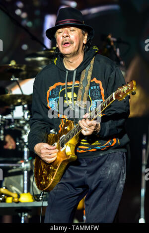 Napa, USA. 26th May, 2019. Napa, California, May 26, 2019, Carlos Santana on stage at the 2019 Bottle Rock Festival, Day3 BottleRock Credit: Ken Howard/Alamy Live News - Stock Photo