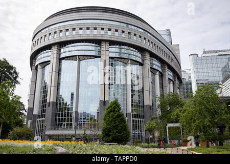 26 May 2019, Belgium, Brüssel: The European Parliament building.  From 23 May to 26 May, the citizens of 28 EU states will elect a new parliament. Photo: Marcel Kusch/dpa