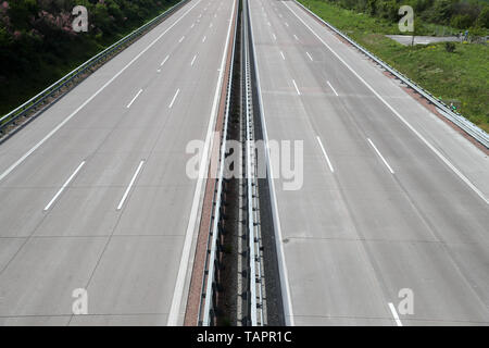 Thurland, Germany. 12th May, 2019. View of the empty motorway A9 in direction Munich. Credit: Jan Woitas/dpa-Zentralbild/dpa/Alamy Live News - Stock Photo