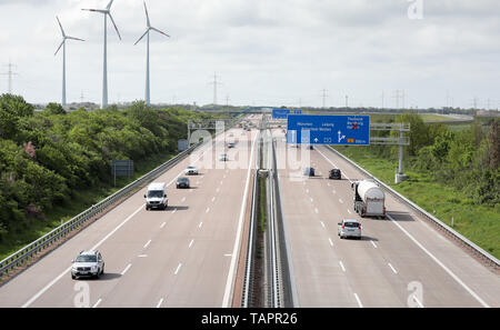 Thurland, Germany. 12th May, 2019. View on the motorway A9 in direction Munich. Credit: Jan Woitas/dpa-Zentralbild/dpa/Alamy Live News - Stock Photo
