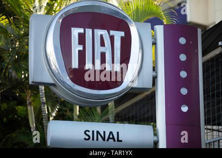 SÃO PAULO, SP - 27.05.2019: FIAT E RENAULT PODEM SE JUNTAR - Logo of Fiat is seen in a concessionaire of the company in the south zone of São Paulo, the afternoon of this Monday (27). The company is studying merger with France's Ren, ct, creating one of the largest automakers in the world. (Photo: Bruno Rocha/Fotoarena) - Stock Photo