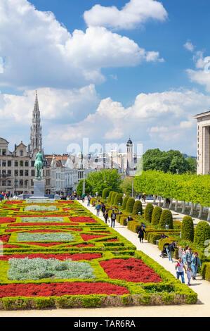 People wandering in the gardens of the Mont des Arts Garden Kunstberg brussels Belgium Eu Europe - Stock Photo