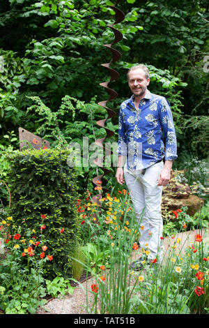 RHS Chelsea Flower Show 2019: the Walkers Forgotten Quarry Garden was designed by Graham Bodle. - Stock Photo