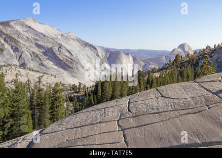 Summer afternoon at Olmsted Point, Yosemite National Park, California, USA. - Stock Photo