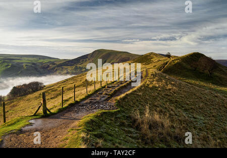 UK,Derbyshire,Peak District,Looking along The Great Ridge at Barker Bank, towards Hollins Cross and Mam Tor - Stock Photo