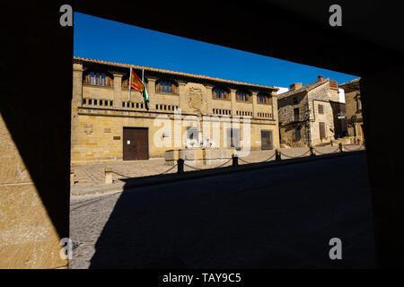 Antiguas Carnicerias and Fuente de los Leones in Plaza del Populo. Baeza, Jaén province. southern Andalusia. Spain Europe - Stock Photo