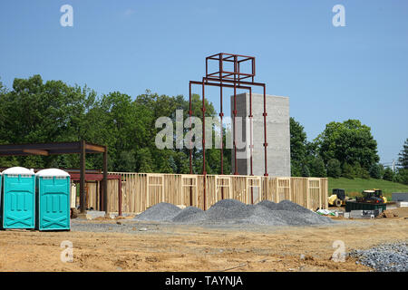 New commercial building under construction - Stock Photo