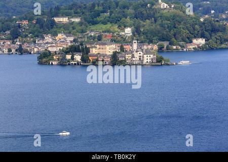 Ile Saint-Jules. Lac d'Orta. Orta San Giulio. Italie. Isola San Giulio. San Giulio Island. Lake Orta. Orta San Giulio. Italy. - Stock Photo
