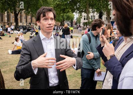 London, UK. 24th May, 2019. Rory Stewart at the second annual Global Strike 4 Climate. - Stock Photo