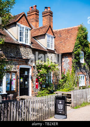 Hambleden Village Stores & Post Office , Hambledon Village, Buckinghamshire, England, UK, GB. - Stock Photo