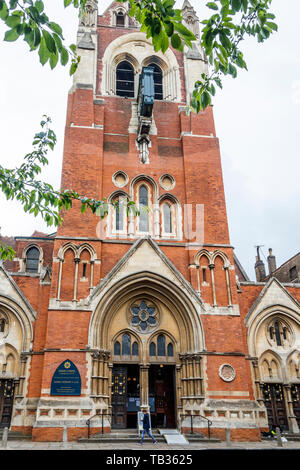 The Union Chapel, a Gothic style 19th-century church, homeless drop-in centre and live music venue on Compton Terrace, Islington, London, UK - Stock Photo