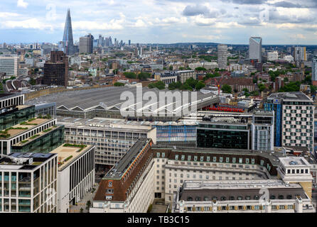 Aerial view of south London showing the vast roof of Waterloo railway Station, Waterloo, London, England, UK - Stock Photo
