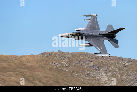 F-16C aircraft from Homestead Air Reserve Base, Florida transit the A5 Pass in LFA7 (Callsigns Mako 21 and Mako 22) on the 16/05/2019 - Stock Photo