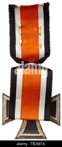 An Honour Roll Clasp of the Luftwaffe, Stamped non-ferrous metal
