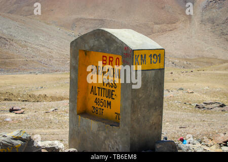 Ladakh, Jammu and Kashmir, India: Dated- May 3, 2019: A milestone at Baralacha Pass in Zanskar Range in Lahaul District of Himachal Pradesh enroute La - Stock Photo
