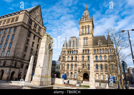 Manchester Cenotaph is a First World War memorial, with additions for later conflicts, designed by Sir Edwin Lutyens for St Peter's Square in Manchest - Stock Photo