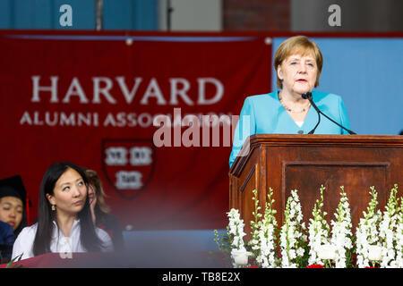 Cambridge, USA. 30th May, 2019. Chancellor Angela Merkel (CDU) gives a speech at Harvard University. Chancellor Angela Merkel (CDU) has conjured up international cooperation and free world trade. Credit: Omar Rawlings/dpa/Alamy Live News - Stock Photo