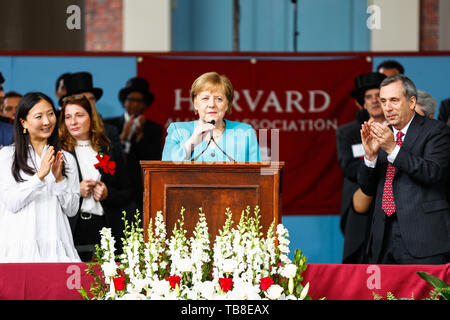 Cambridge, USA. 30th May, 2019. Chancellor Angela Merkel (CDU) gives a speech at Harvard University. In an emotional speech at the US elite university Harvard, Chancellor Merkel promoted international cooperation and mutual respect - and clearly distinguished herself from US President Trump. Credit: Omar Rawlings/dpa/Alamy Live News - Stock Photo