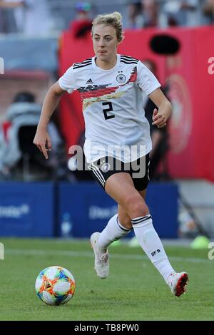 Regensburg, Deutschland. 30th May, 2019. firo: 30.05.2019, Football, Landerspiel, Test match women, Germany - Chile, Carolin Simon, Germany, DFB, GER, single action, | usage worldwide Credit: dpa/Alamy Live News - Stock Photo
