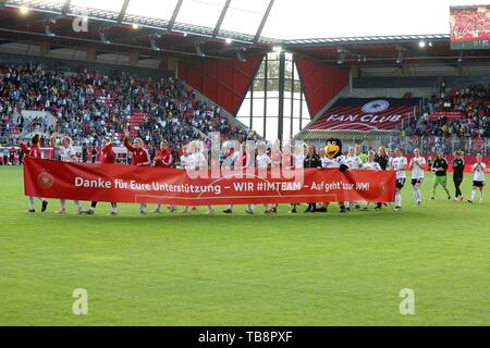 Regensburg, Deutschland. 30th May, 2019. firo: 30.05.2019, Football, Landerspiel, Test match women, Germany - Chile, Germany, DFB, GER, full figure, banner, | usage worldwide Credit: dpa/Alamy Live News - Stock Photo