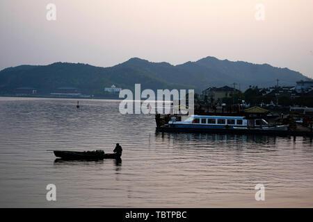 Dongqian Lake, Ningbo - Stock Photo