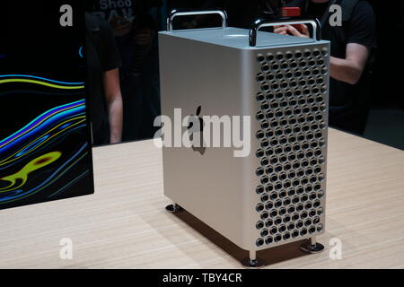 San Jose, USA. 03rd June, 2019. The new Apple professional computer Mac Pro and the 6K screen Pro Display XDR at the developer conference WWDC 2019. Credit: Christoph Dernbach/dpa/Alamy Live News - Stock Photo