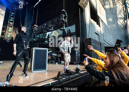 MOUNTAIN VIEW, CALIFORNIA - JUNE 2: Christopher Munoz and Richard Camacho of CNCO perform during Wild 94.9's Wazzmatazz at Shoreline Amphitheatre on June 2, 2019 in Mountain View, California. Photo: Chris Tuite/imageSPACE/MediaPunch - Stock Photo