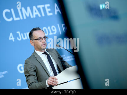 Berlin, Germany. 04th June, 2019. Foreign Minister Heiko Maas (SPD) speaks at the Berlin Climate and Security Conference. Credit: Britta Pedersen/dpa/Alamy Live News - Stock Photo